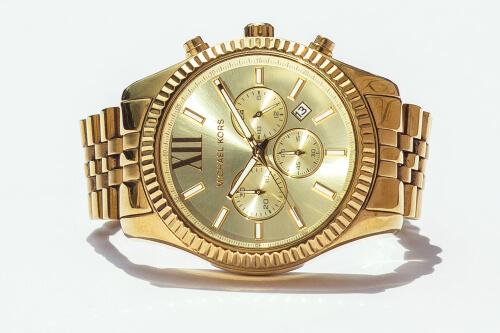 Michael Kors watches in golden color