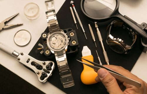 Wrist Watch's Battery Replacement